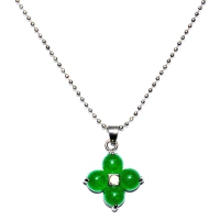 Green Quartz Pendant With Chain - Clover