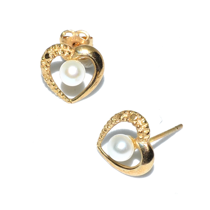 Fresh Water Pearl Heart 9K Earring