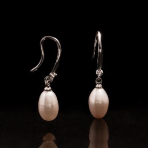 Fresh Water Pearl Zirconia Simple 925 Silver Earring