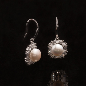 Fresh Water Pearl Tapered Marquise Zirconia Dangling Earring