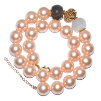 Shell Pearl Sideways Design Necklace